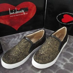 NEW Luichiny Vay Kay Metallic Gold Fur Sneakers